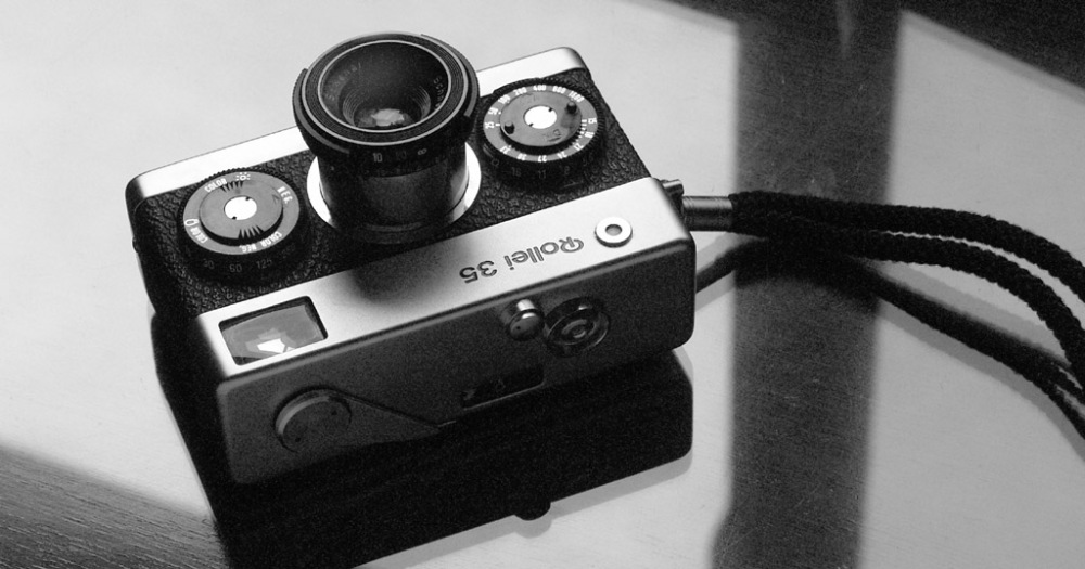 กล้อง Rollei 35 เครดิต flickr.com/photos/casualcameracollector/
